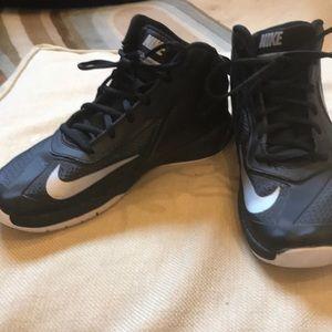 Nike Shoes - Nike Youth High Tops!⚽️🏀🏈⚾️